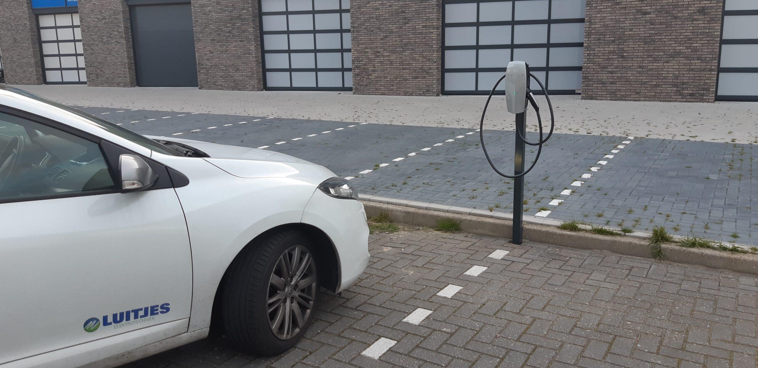 Tesla laadpaal installeren